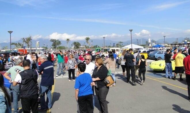 Evento aconteceu no estcionamento do Serramar Parque Shopping