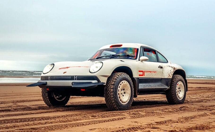 Porsche 911 off-road