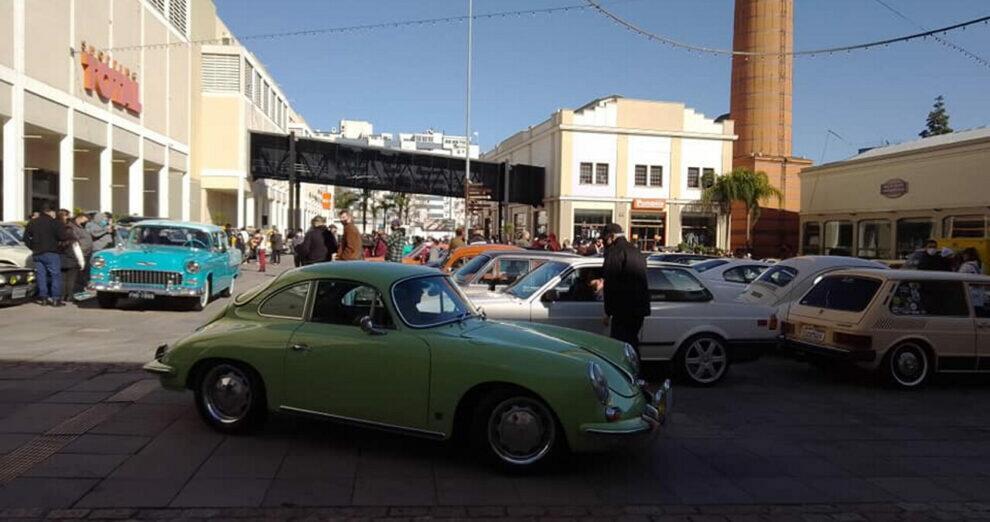 Encontro Veteran Car Clube Porto Alegre no Shopping Total