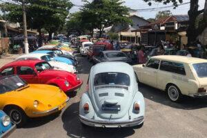 3° Encontro de Veículos Antigos Amigos do Rio Minas macae